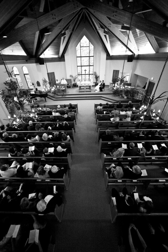 Wedding Ceremony at Beaver Creek chapel in the spring time