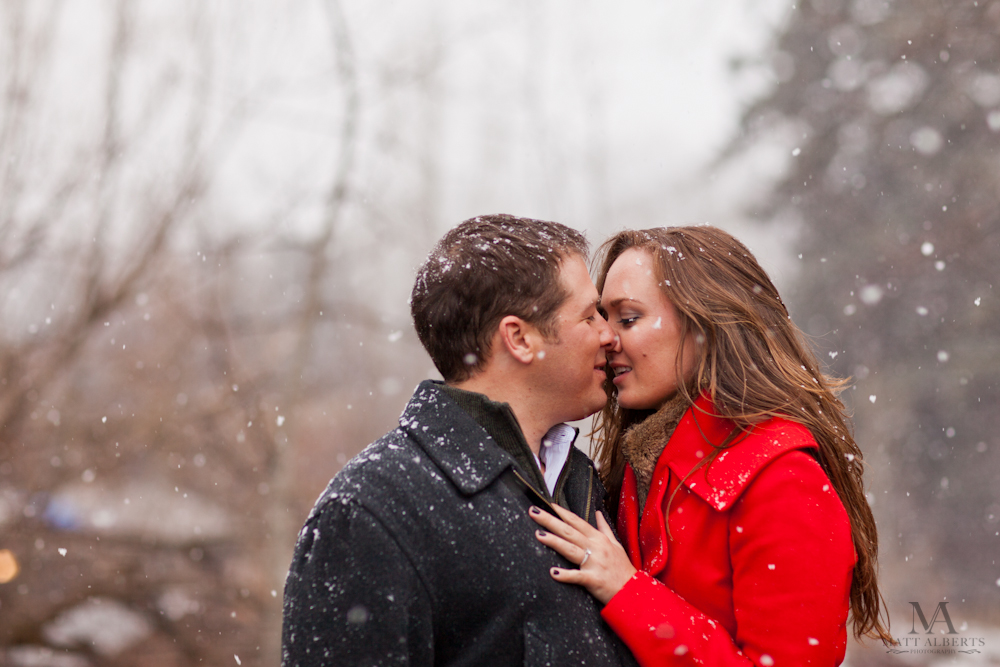 Snowy engagement photographs